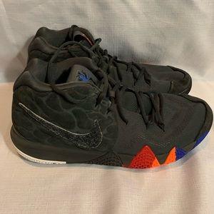 """""""Nike Kyrie 4 shoe"""" Size 13"""